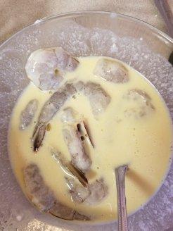 Shrimp in coconut milk and eggs