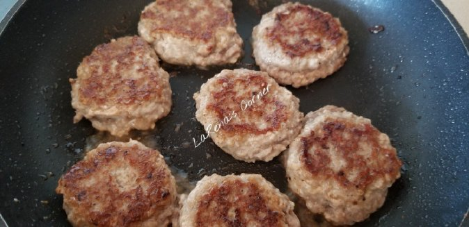 Frying Maple Turkey Breakfast Sausage