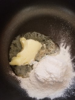 Making a slurry with butter and tapioca flour