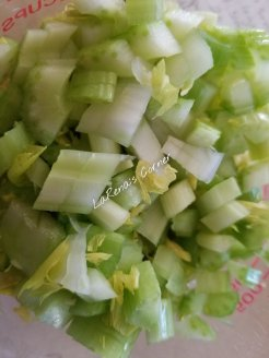 Chopped celery and leaf